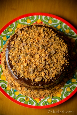 Butterfinger Cake with Butterscotch Filling